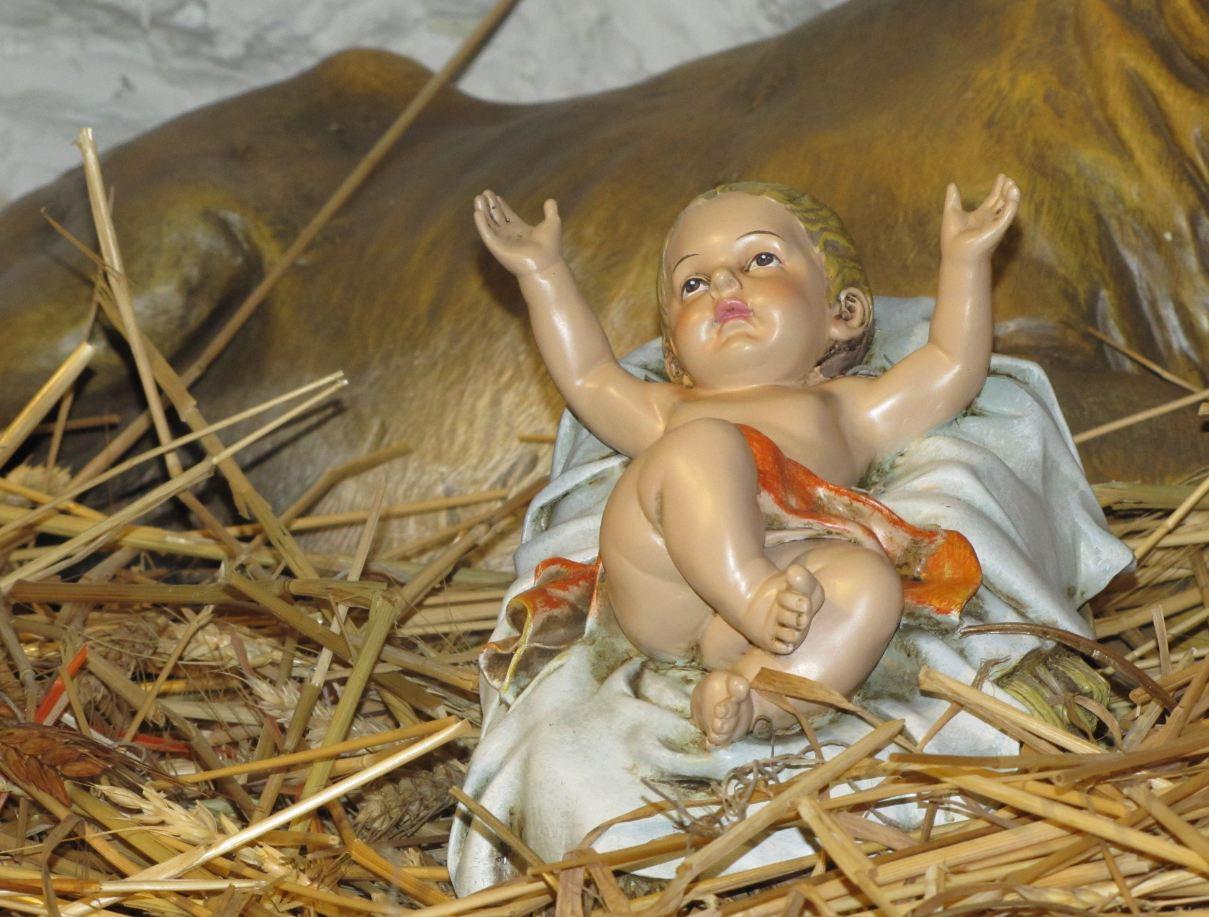 Zivio mali Isus 4